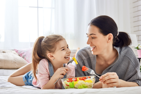 How to Encourage your Child to Eat Veggies: 5 Tips